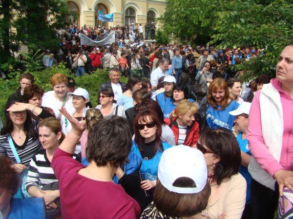 550 de membri ai sindicatului personalului didactic