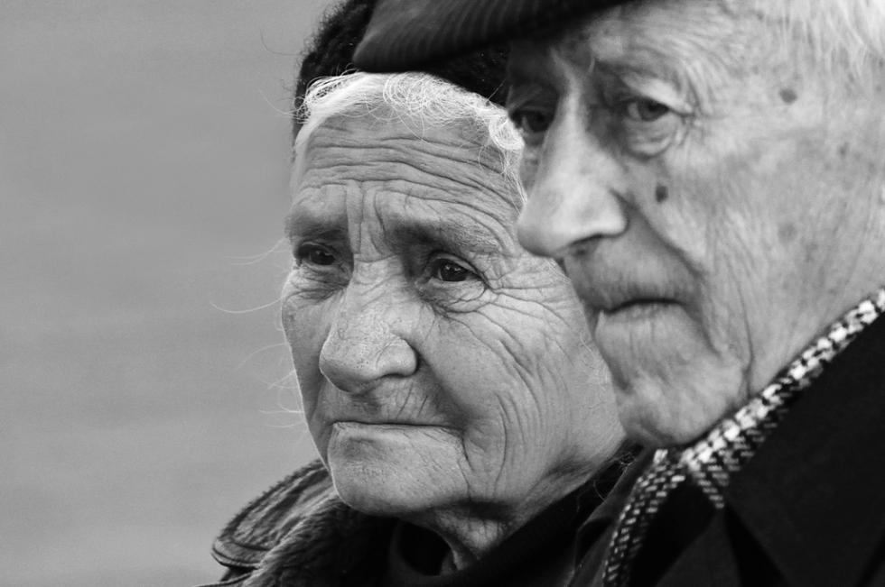 Sub 20% dintre românii cu vârste peste 80 de ani s-au vaccinat anti Covid. Din aceștia bărbații reprezintă 60%