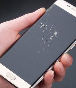 telefonul spart