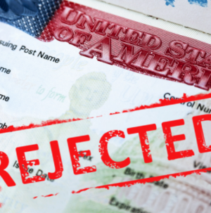 refuzarea vizelor