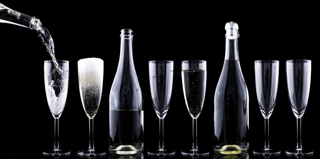 România pierde anual din alcoolul nefiscalizat 900 milioane de EURO